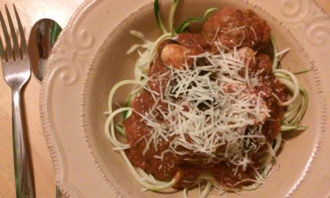 zucchini-spaghetti-and-meatballs